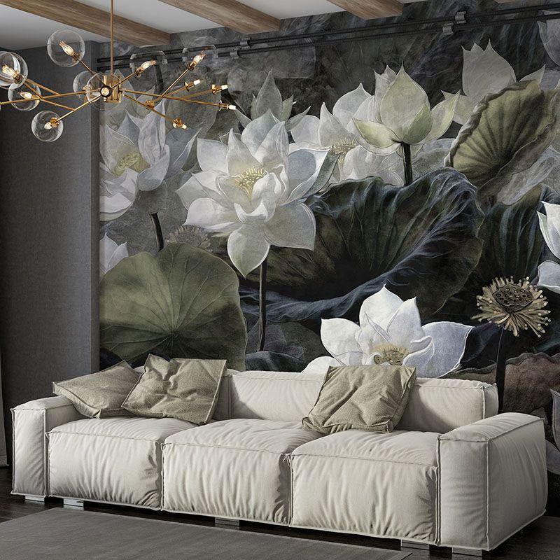 Fototapeta białe kwiaty lotosu na ciemnym tle, piękna fototapeta do salonu lub sypialni