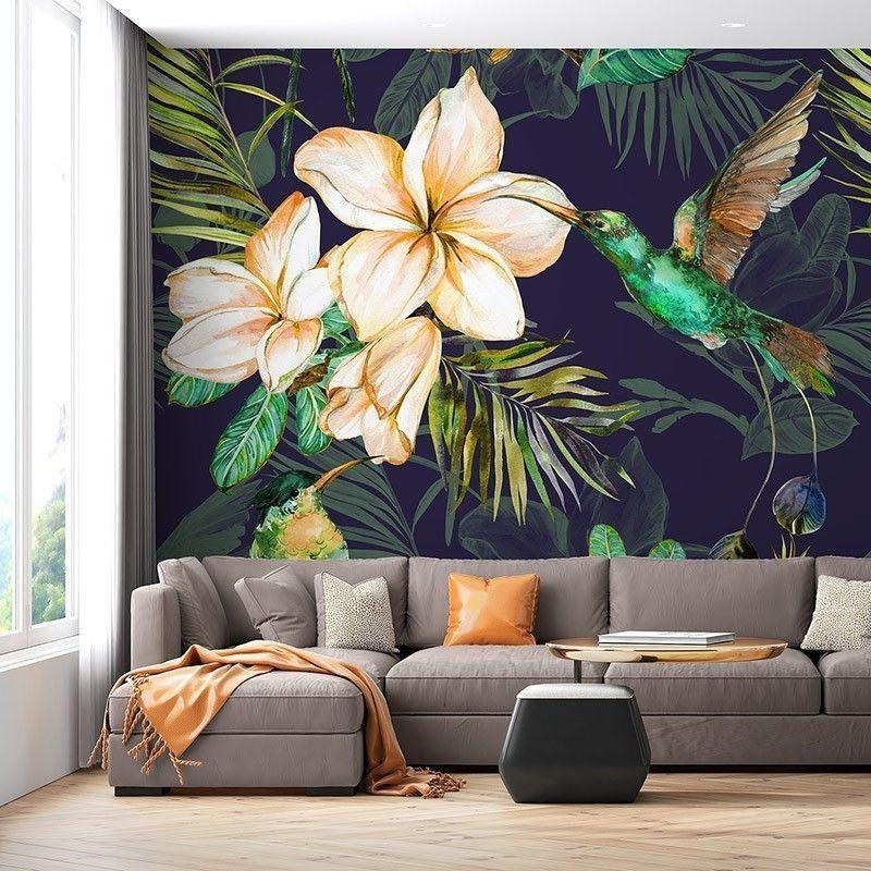 Fototapeta Wzór tropikalne liście i kolorowe kwiaty na ciemnym tle. Ręcznie malowana ilustracja